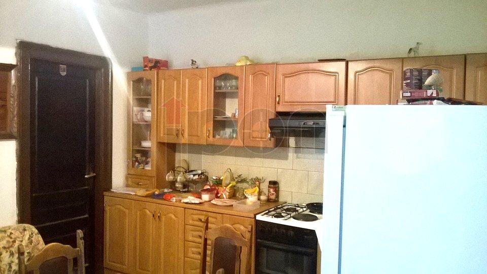 Krimeja, mala kućica sa terasom