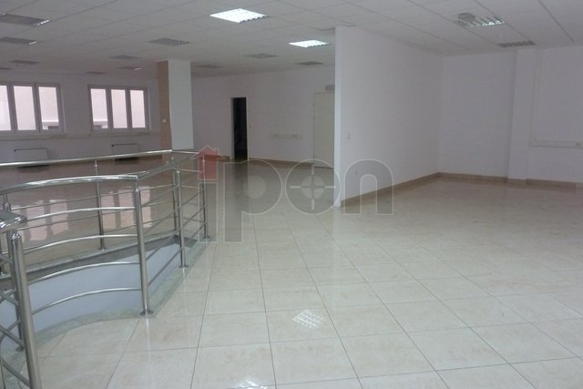 Commercial Property, 333 m2, For Sale, Rijeka - Centar