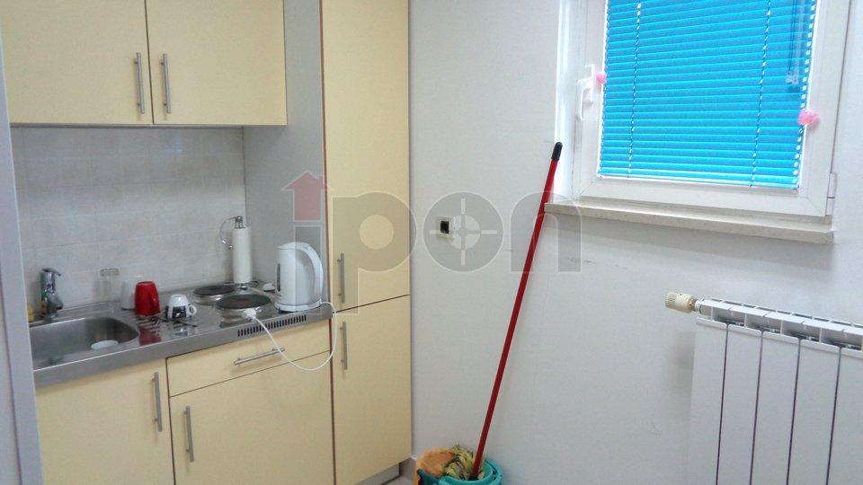Commercial Property, 74 m2, For Sale, Rijeka - Zamet