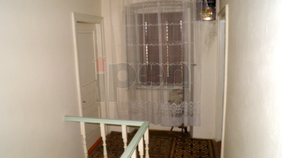 House, 160 m2, For Sale, Malinska
