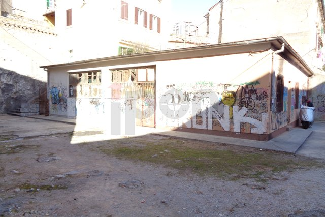 Commercial Property, 249 m2, For Sale, Rijeka - Mlaka