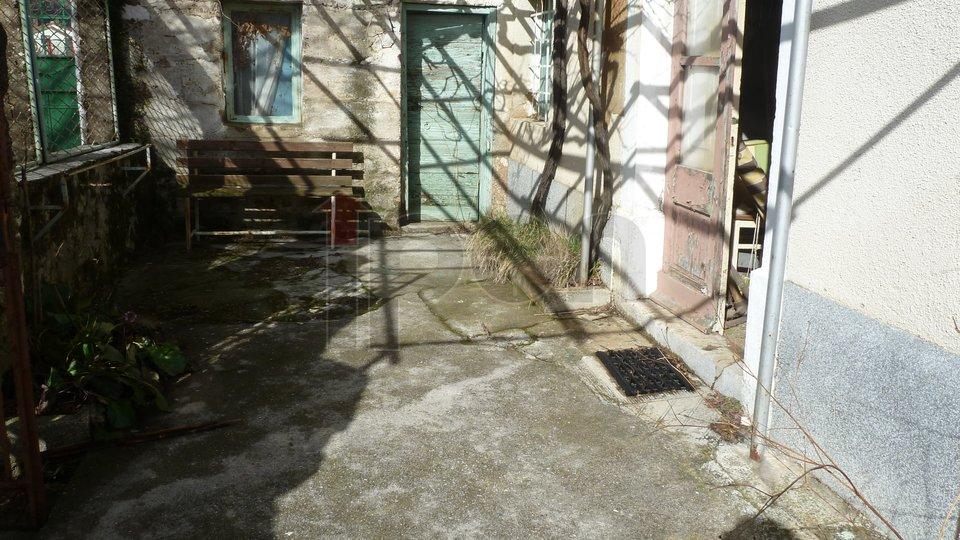 House, 100 m2, For Sale, Vinodolska Općina - Drivenik