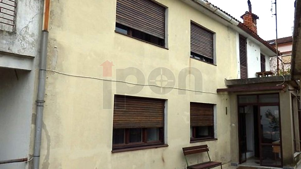 House, 300 m2, For Sale, Opatija - Pobri