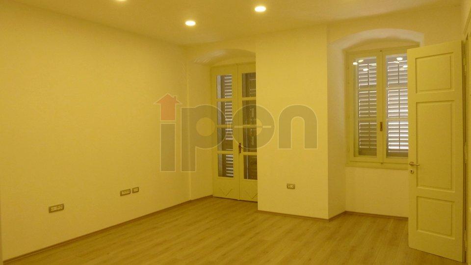 Geschäftsraum, 96 m2, Vermietung, Rijeka - Centar