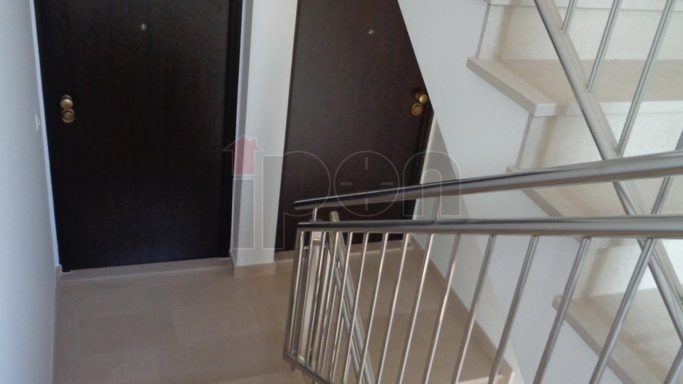 Dramalj-Crikvenica, moderan apartman sa liftom