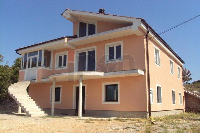 House, 270 m2, For Sale, Kukuljanovo