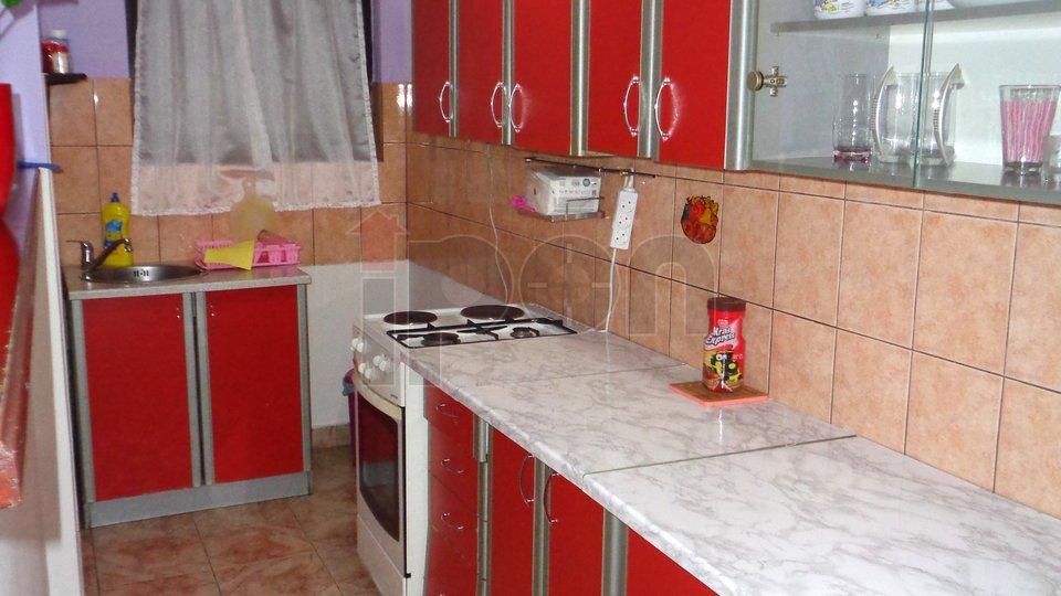 Kukuljanovo, nova kuća roh-bau  sa 1 stanom uređenim !