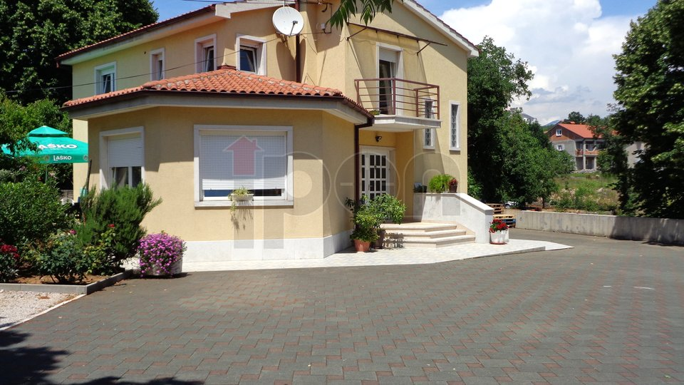 House, 167 m2, For Sale, Rijeka - Marinići