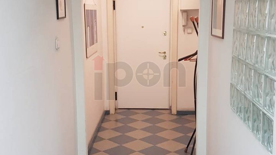 Commercial Property, 104 m2, For Rent, Rijeka - Brajda