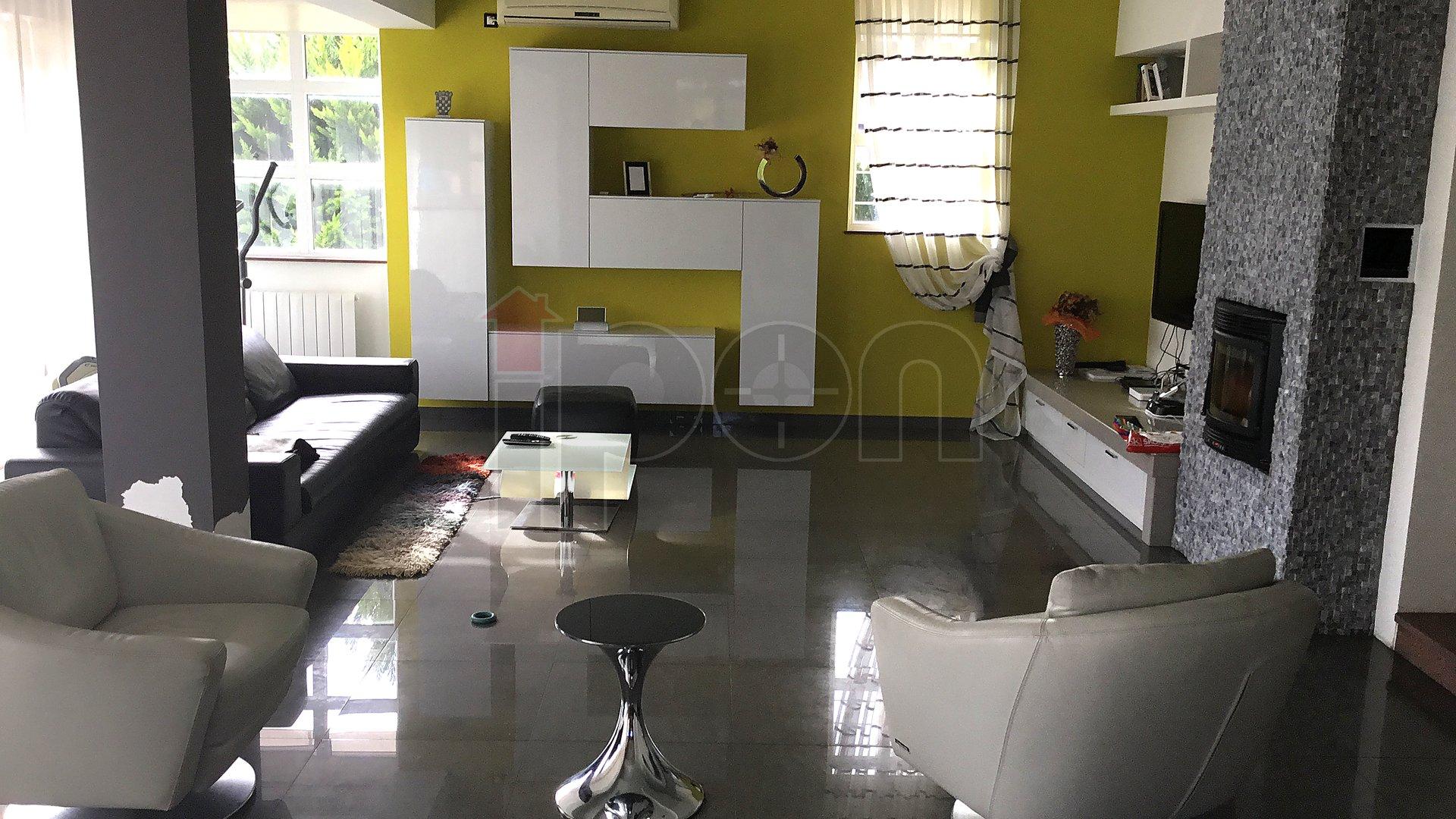 Casa, 453 m2, Vendita, Kastav