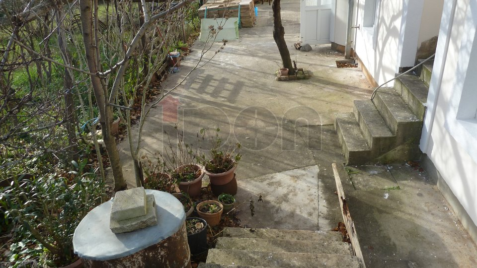 House, 450 m2, For Sale, Dobrinj