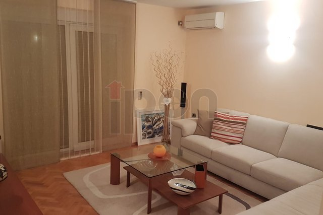 Apartment, 58 m2, For Rent, Rijeka - Trsat