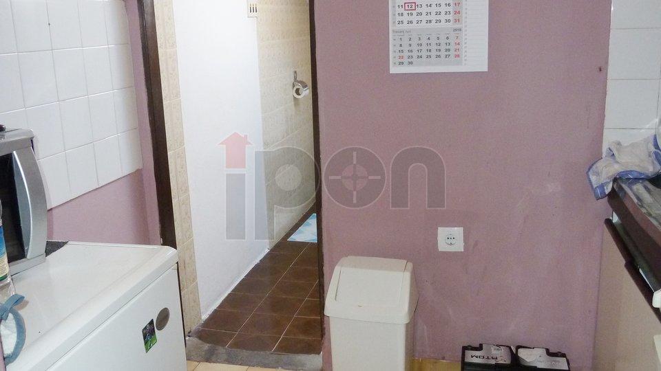 Lovran, stan površine 35,33 m2, balkon