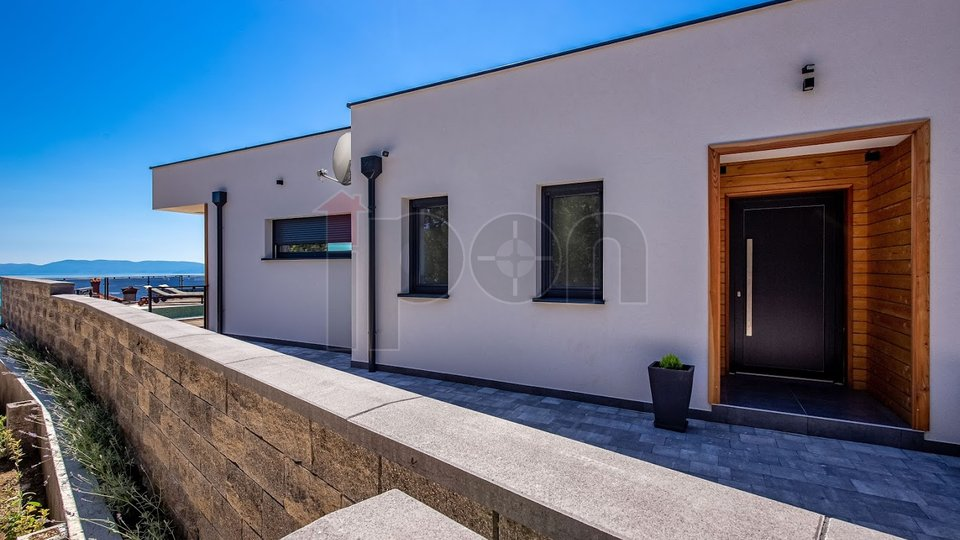 House, 153 m2, For Sale, Kostrena