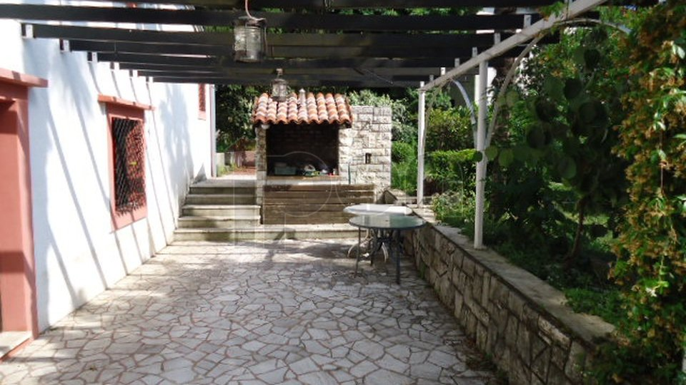 House, 330 m2, For Sale, Rijeka - Banderovo