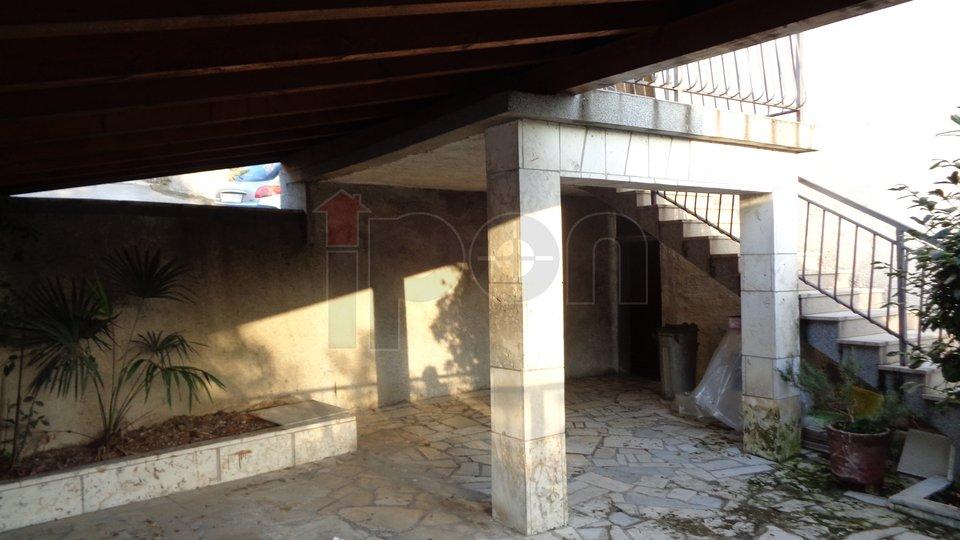 Wohnung, 140 m2, Vermietung, Rijeka - Škurinje