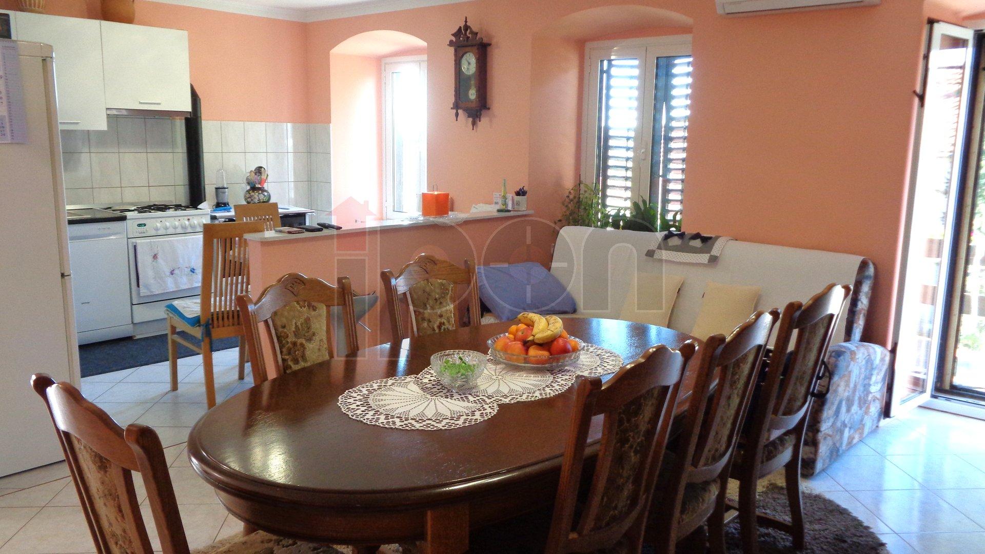 House, 180 m2, For Sale, Kukuljanovo