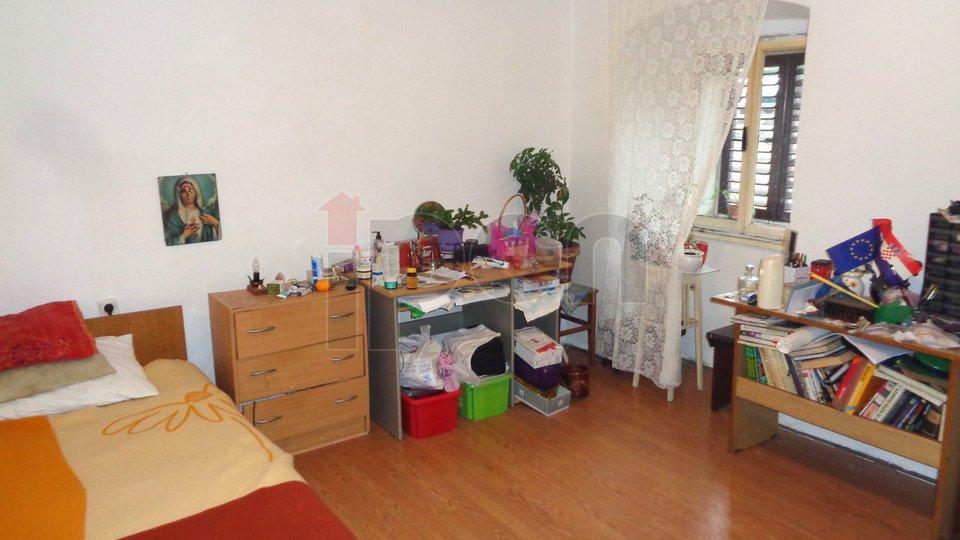 Sušačka Draga, samostojeća kuća sa dva stana