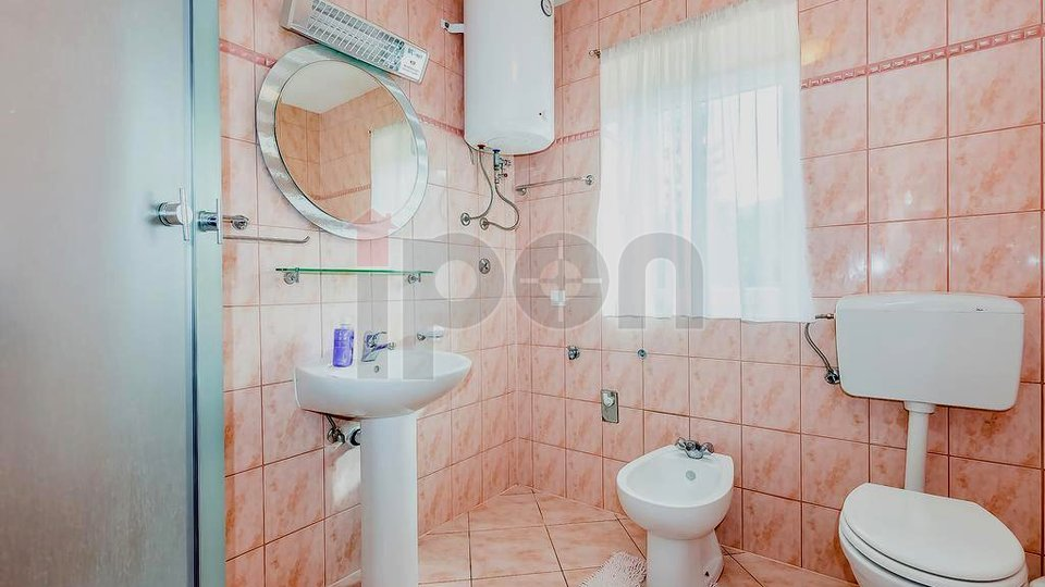 House, 150 m2, For Sale, Fužine - Lič
