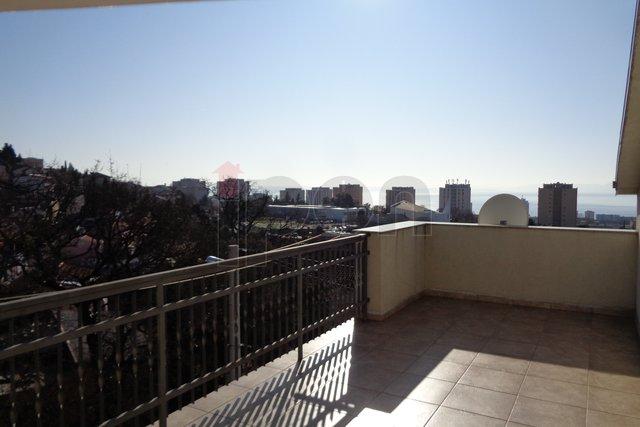 Hiša, 237 m2, Prodaja, Rijeka - Gornja Vežica