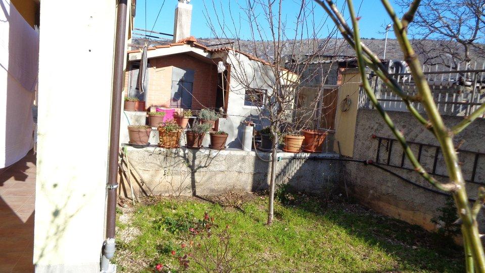 House, 237 m2, For Sale, Rijeka - Gornja Vežica