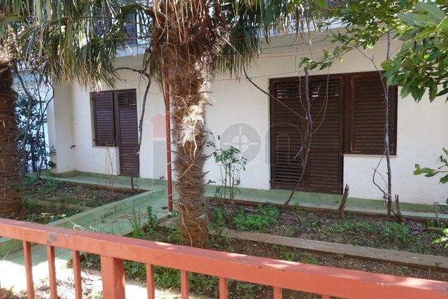 Selce, etaža, vrt 1