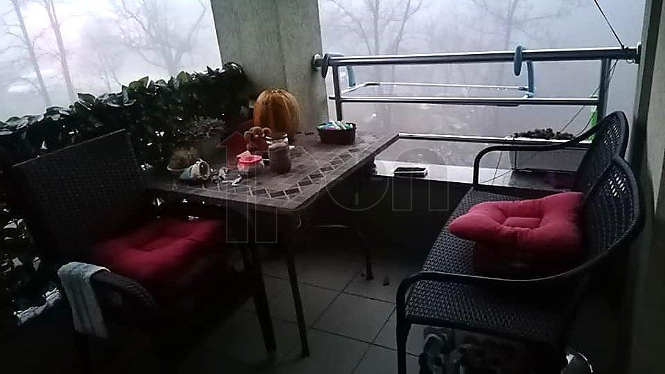 Viškovo, vrlo lijepi 2s+db sa balkonom