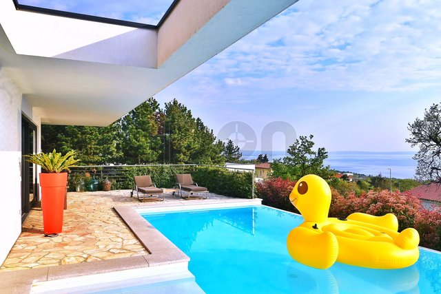House, 218 m2, For Sale, Kostrena