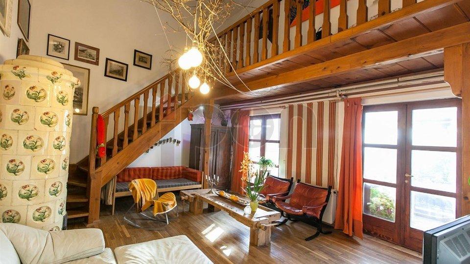 House, 300 m2, For Sale, Novi Vinodolski