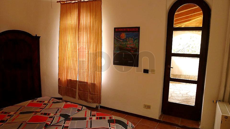 House, 300 m2, For Sale, Novi Vinodolski