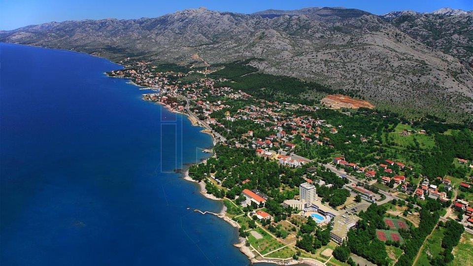 Starigrad-Paklenica, građevinsko zemljište, neposredna blizina mora!