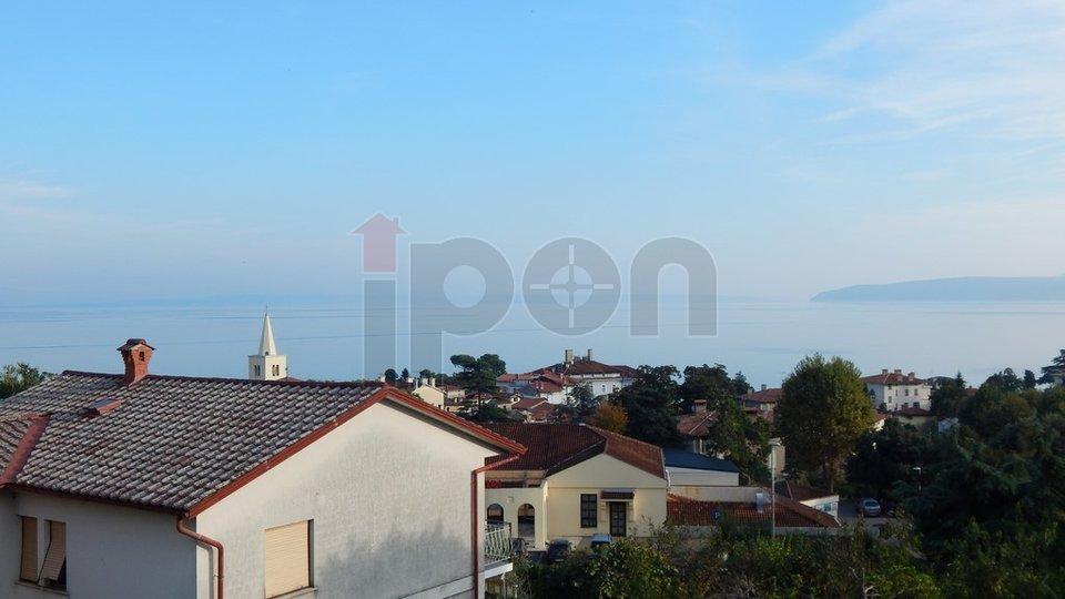 Lovran, uredan stan 2S+DB sa pogledom na more