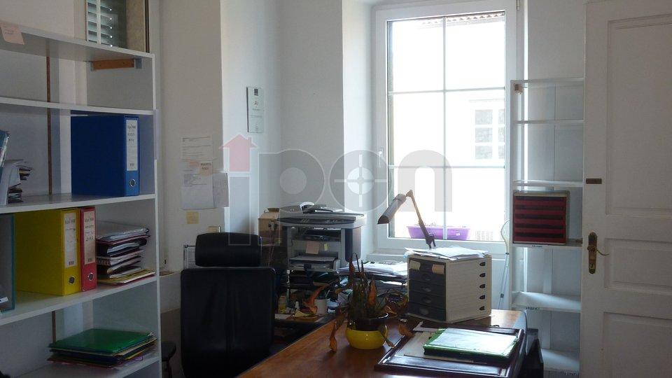 Appartamento, 85 m2, Vendita, Rijeka - Centar