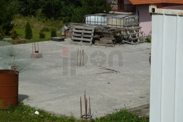 Land, 559 m2, For Sale, Fužine