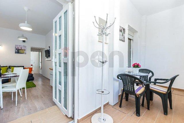 Belveder, lijepo uređen stan od 70 m2 podijeljen u 2 apartmana, pogodno za najam