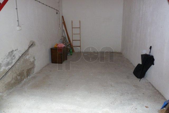 Garaža, 15 m2, Prodaja, Rijeka - Krnjevo