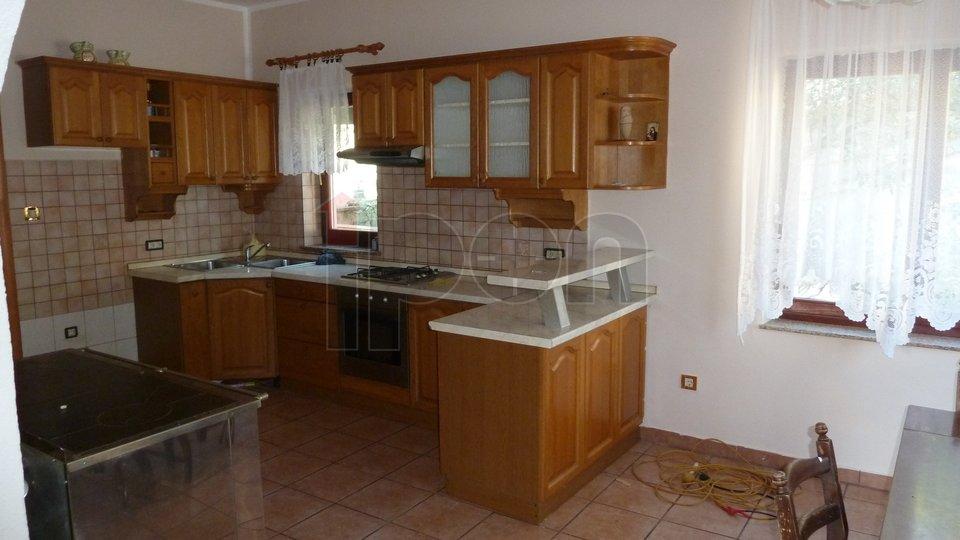 Casa, 376 m2, Vendita, Bregi
