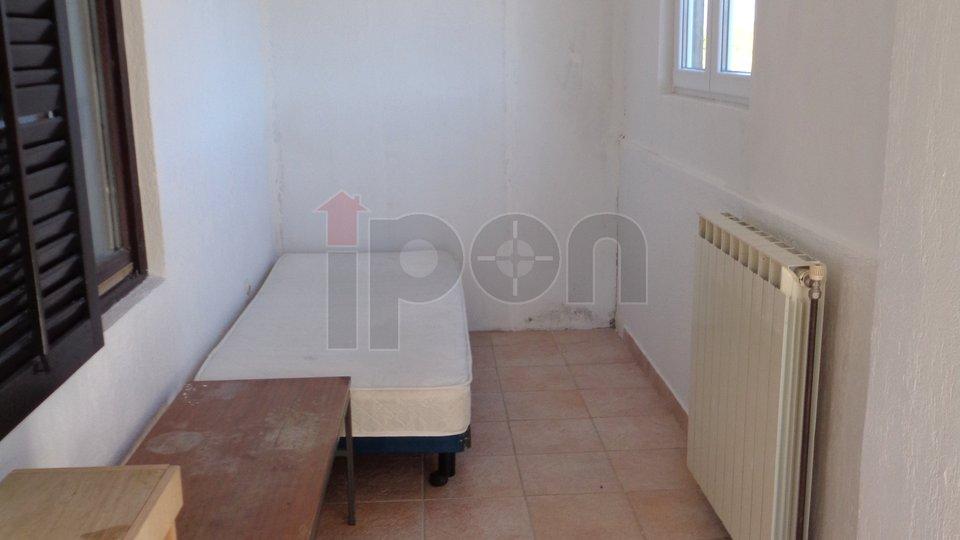 Čavle, najam etaže na 1 katu sa dva stana . Može za radnike ili obitelj