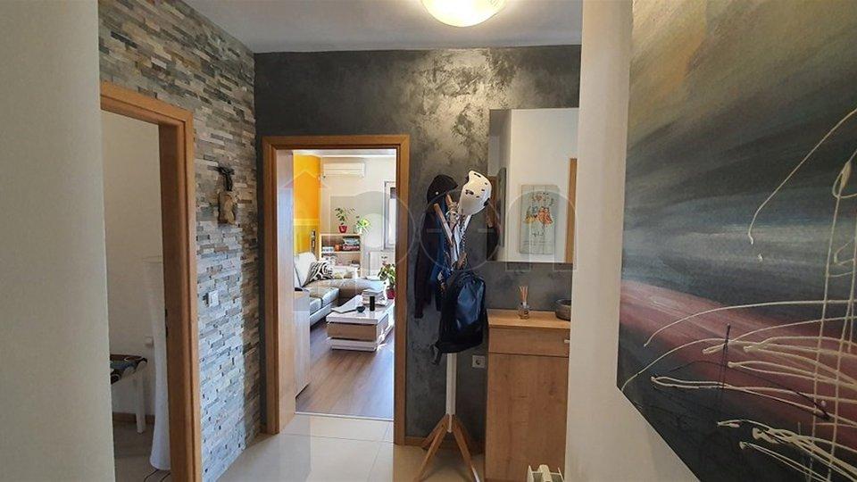 House, 290 m2, For Sale, Rijeka - Zamet