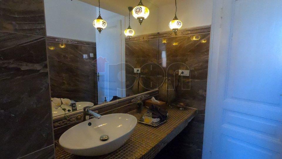 gostinjski toalet