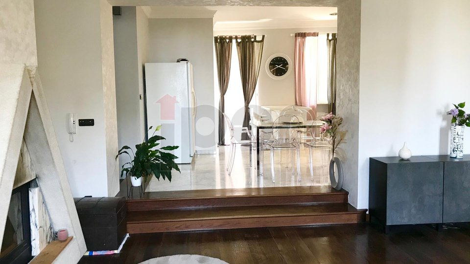 Apartment, 102 m2, For Rent, Rijeka - Bulevard
