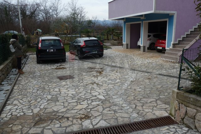 Commercial Property, 133 m2, For Rent, Viškovo