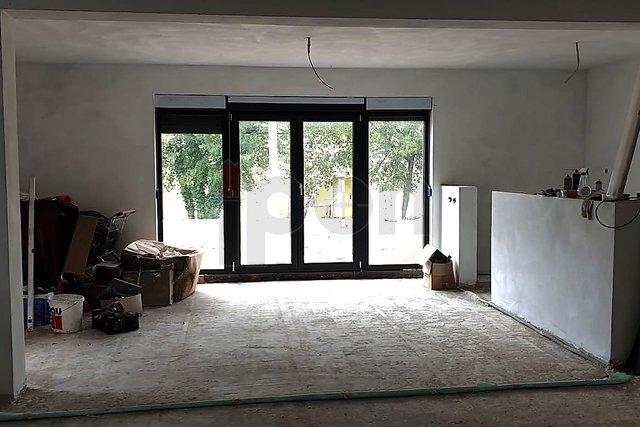 Linardići-okolica, samostojeća kuća sa garažom, roh-bau 1