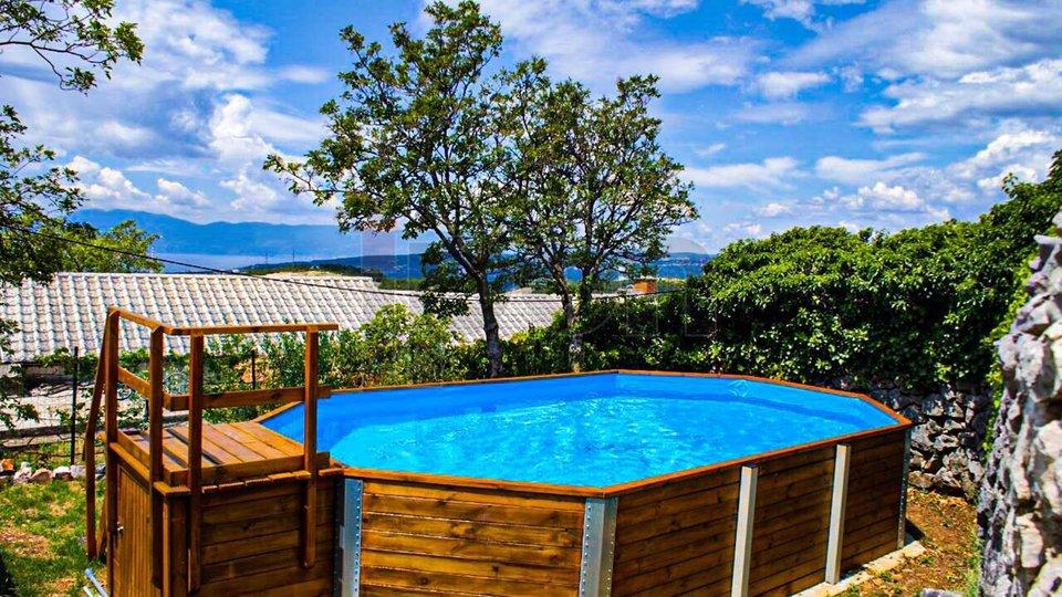 Hreljin, kompletno uređena kuća s pogledom, opremljena za turistički najam!