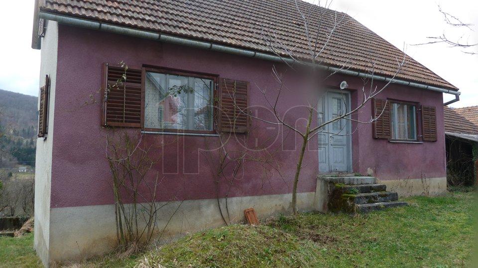 Lukovdol, stara goranska kuća, prizemnica, vrlo povoljno!