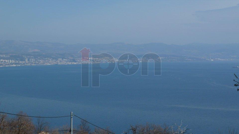Lovran, zaleđe kuća na 1600m2 okućnice, lijep pogled na more!