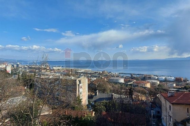 Turnić, 1s, balkon, pogled na more