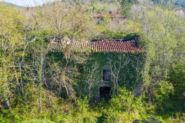 Kršan-okolica, ruševine, 4 kuće