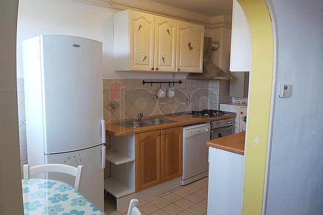 Donja Drenova, dvosobni stan u prizemlju sa okućnicom (vlasništvo)