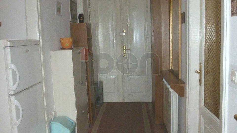 Banderovo-Potok, 4S-KL stan sa dva posebna ulaza i parkingom
